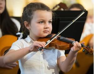 Prématernelle violonistique - Académie de musique Archets & Compagnie