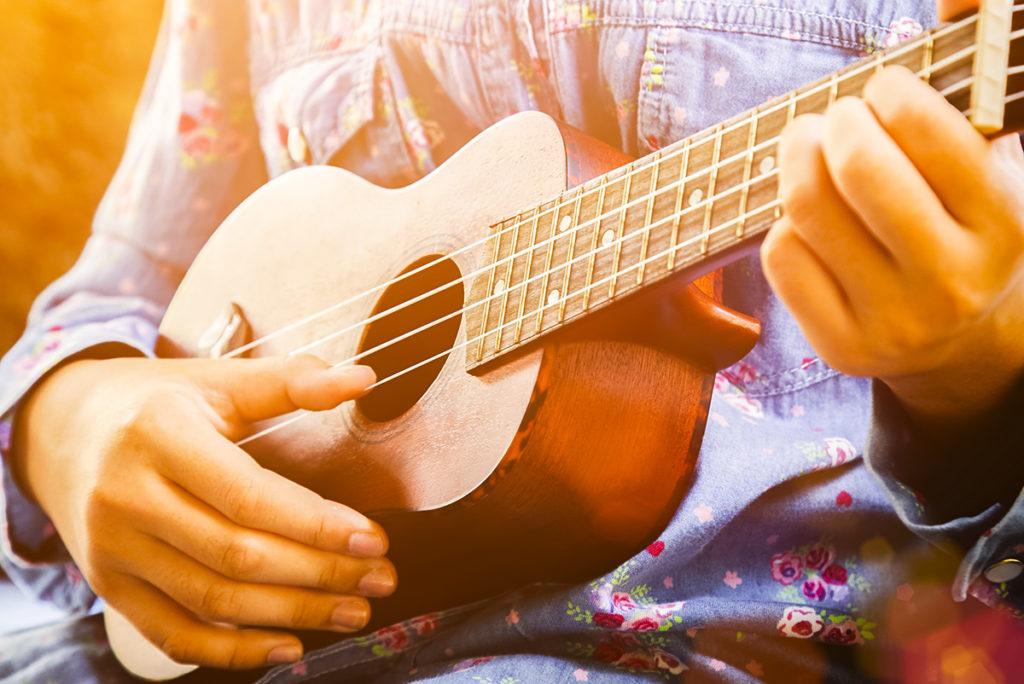 Cours de ukulele - Archets & Compagnie